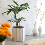 vase-of-stainless-950x950